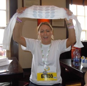 Congratulations to Yvonne, stayed the course despite #endometriosis pain, thanks to her heat pack and amazing determination. An endo champion!!